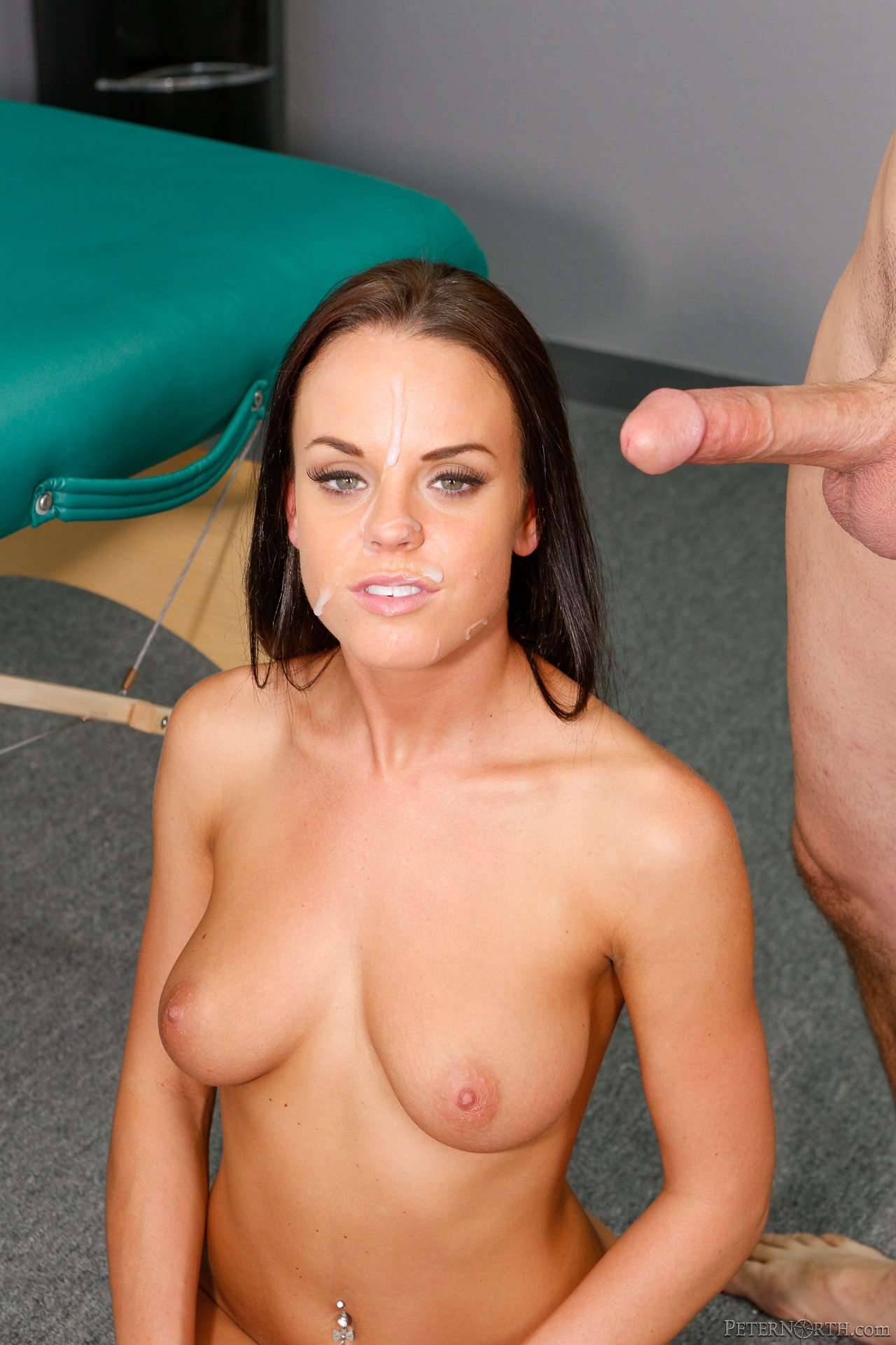 Angel del rey gets her pussy fingered fucked and stuffed - 3 9